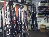 Ski und Snowboard Verleih